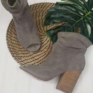 Chinese Laundry Break Up suede slouch bootie 9
